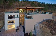 Architect David Tyrell designed this gorgeous contemporary house in Kelowna, British Columbia, Canada.