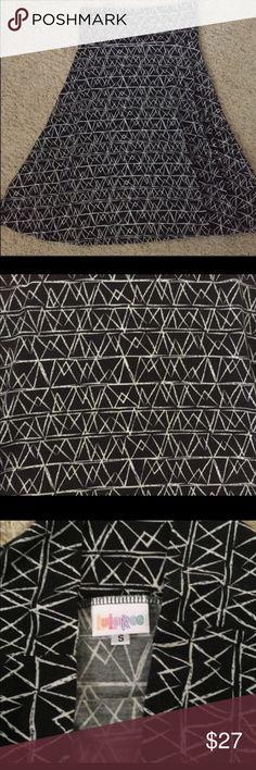 Lularoe Azure S, like new Worn 3-4 times. EUC, just not my style. LuLaRoe Skirts A-Line or Full