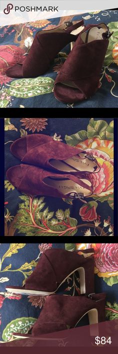 Via Spiga Burgundy Suede Chunky Heels 7.5 Gorgeous brand new Via Spiga Suede Pumps. Size 7.5 Via Spiga Shoes Heels