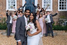 Hire a professional wedding photographer in London for just an hour with Splento. Specialist photographers, fast and easy booking, high-quality images, photo delivery. Couple Photography, Photography Ideas, Wedding Photography, Wedding Book, Home Wedding, Wedding Photographer London, Professional Photographer, Corporate Events, Photo Sessions