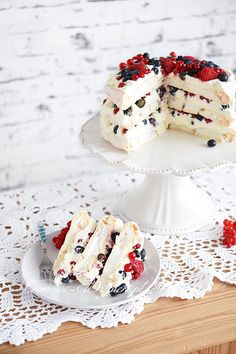 Orange cake without flour - HQ Recipes Pavlova Cake, Meringue Pavlova, Baking Recipes, Cake Recipes, Naked Cakes, Food Cakes, Clean Eating Snacks, No Bake Cake, Vanilla Cake