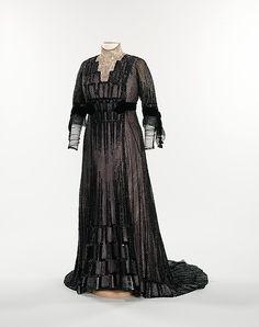 Evening Dress  c.1910  The Metropolitan Museum of Art