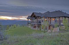 Positioned on top of a knoll, this Park City home offers views like no other.