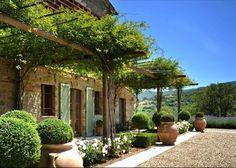 Classic Tuscan elements
