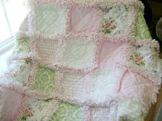 THIS IS MY VERY FAVORITE TYPE OF QUILT @Chelsey Boatwright Photography Wilson