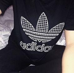 black adidas grid t-shirt Dope Fashion, Fashion Killa, Sport Fashion, Fashion Looks, Well Dressed, Dress To Impress, What To Wear, Cute Outfits, My Style