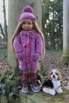 Océane au Bois Joli + tuto manteau et bonnet pour Kidz (46 cm) - http://paolareinacrea.canalblog.com/archives/2014/02/12/29194893.html