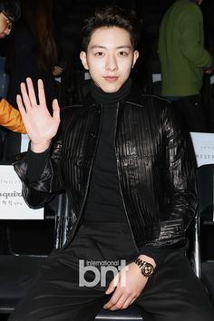 150320 Lee Jungshin 'FALL / WINTER 2015 Seoul Fashion Week' - SONGZIO Collection [Press Photos]