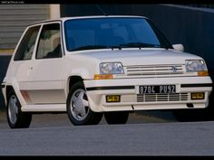 Renault R5 GT Turbo the old famous french car
