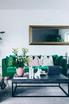 Unsere neue Wohnzimmer-Einrichtung in Grün, Grau und Rosa! | Green ...