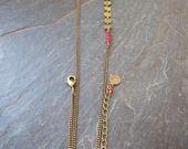 Headband La Discrète chainette sequins bronze agates rouges : Accessoires coiffure par les-delires-de-lolotte