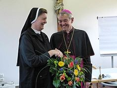Sr. M. Regina Pröls was elected as the new Superior General. She stands in front of the next six years of the Congregation of the Sisters of St. Francis Vierzehnheiligen.