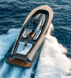 alen yacht packages an abundance of luxury amenities into motorboat Yacht Design, Boat Design, Sport Yacht, Yacht Boat, Super Yachts, Auto Girls, Sports Nautiques, Build Your Own Boat, Yacht Interior