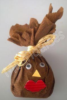 Mauriquices: Uma castanha para por castanhas! Kids Crafts, Halloween, Kindergarten, Reusable Tote Bags, Christmas Ornaments, Holiday Decor, Fall Decorating, Fall Winter, Winter Activities