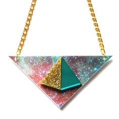 Collier Pyramid – Doré