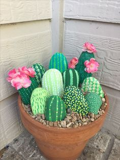 Cactus Rocks #diycactus #paintedrocks