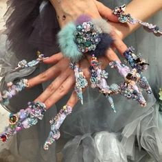 Pinterest nail art has nothing on these extreme manicures, courtesy of the Tokyo Nail Expo. Check out some of the glam nail art from the expo. Also on Yahoo Makers: Watch Men Try to Replicate Nail Art Designs in This Hilarious Video A 3D Printer and Flying Fingernails Make the Most Animated Manicure You'll Ever See Regular People Try Pinterest Nail Art Let Yahoo Makers inspire you every day! Join us on Facebook , Twitter , Instagram , Tumblr , and Pinterest .