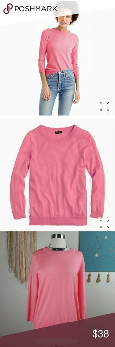 """J Crew Tippi Sweater Pink L (A29) J Crew Black Label Tippi Sweater size large in a beautiful peachy pink. 100% Merino Wool. Pre owned in good condition.  Measurements Laying Flat  Bust  18"""" Length 25"""" Arm 18 1/2"""" Thanks for checking out my closet and Don't forget to LIKE for a special offer! ! BUNDLE your likes and I'll send you a discount! J. Crew Sweaters"""