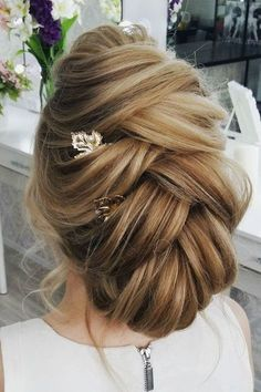 Updo wedding hairstyle, so beautiful, light, airy and elegant