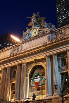 Grand Central Train Station clock - New York City, Christmas - USA Travel