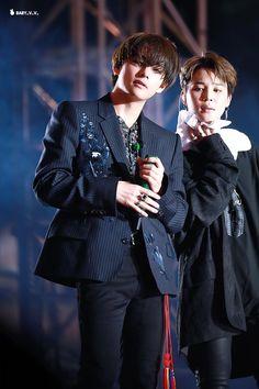 love you Taehyung 🐯💜💕 Jimin, Bts Bangtan Boy, Daegu, Boy Scouts, Hip Hop, Bts Vmin, Kim Taehyung, Busan, Korean Boy Bands