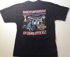 Ici est un millésime 1994 harley motos davidson de t-shirt de charlotte en Caroline du Nord ! La chemise est un adult moyen mesure 26 long par 18 fosse à pit