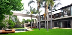 Brian Road Morningside by Nico van der Meulen Architects, Johannesburg- chuck