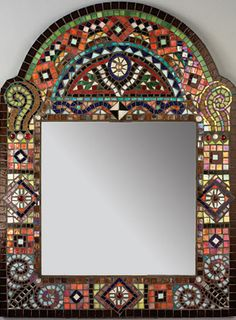 Mosaic Artists Gallery of Artistic Mosaic Mirrors, Pool Borders, Mosaic Tile Borders and Decor by Artists Carl and Sandra Bryant