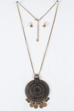 Embossed Disc Pendant Necklace