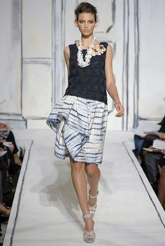 Oscar de la Renta Spring 2009 Ready-to-Wear Collection Photos - Vogue