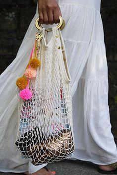 DIY Net Bag   41 Amazing Free People-Inspired DIYs