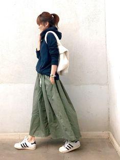 Pin by kh-iaxxzy on ファッションコーデ in 2020 Japan Fashion, Daily Fashion, Love Fashion, Korean Fashion, Vintage Fashion, Womens Fashion, Fashion Edgy, Fashion Online, Japanese Minimalist Fashion
