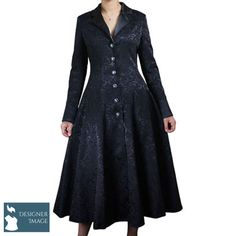 Stunning full length Gothic coat from Chic Star. This lovely Traditional Gothic Coat features beautiful jacquard detailing adding a lovely depth to the black of this jacket. In plus sizes Plus Size Steampunk, Style Steampunk, Steampunk Clothing, Steampunk Cosplay, Gothic Clothing, Alternative Mode, Alternative Fashion, Dark Fashion, Gothic Fashion