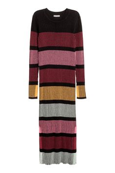 Ribbed dress: Long, fitted, rib-knit dress in a cotton blend with long sleeves and slits in the sides.