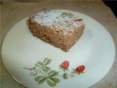 Болгарский пирог с яблоками и манкой  яблоки - 10 шт. сахар - 1 стакан мука - 1 стакан манная крупа - 1 стакан питьевая сода - 1 ч.л. корица - 1 ч.л. лимонная кислота - по вкусу сливочное масло - 200г сахарная пудра (для посыпки).