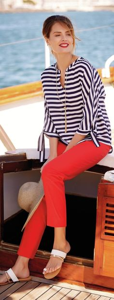 Red white and blue style for over 50. Celebrate the best of summer holidays with this outfit. Fourth of July Style | Memorial Day Style | Summer Fashion over 50 #women'sover50fashionstyles #fashionover50dresses #women'sfashionover50