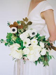 Shades Of Ivory Modern Bridal Inspiration Wedding Sparrow Lauren Balingit Photography All White
