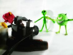 5 Tips for Better Toy Photography Photography Styles, Toys Photography, Amazing Photography, Fill The Frame, Point And Shoot Camera, Creative Photos, Film Director, Cool Toys, Natural Light
