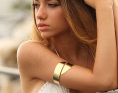 FREE Shipping Greek Goddess Upper Arm Bracelet in Gold. Summer Beach Jewerly. Gold Upper Arm Cuff. Wide arm bracelet