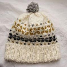 aufildesenvies: Modèle à tricoter gratuit pour Noël : un bonnet to...