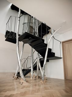 Carpenters Workshop Gallery | Artistas | Vincent Dubourg