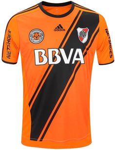 f96a9805b9 Show de Camisas  Adidas lança terceira camisa do River Plate