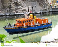 barco-de-lego-19853332.jpg (1300×1065)