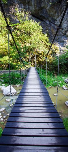 Suspended bridge in Turda Gorges National Park, Transylvania - Romania - Discover Amazing Romania through 44 Spectacular Photos Oh The Places You'll Go, Places To Visit, Wonderful Places, Beautiful Places, Transylvania Romania, Visit Romania, Dream Vacations, Beautiful Landscapes, The Good Place