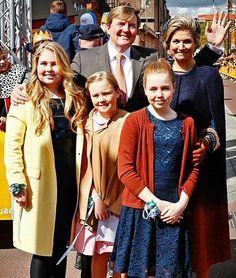"@europeroyals on Instagram: ""Koningsdag 2017 in Tilburg  The Dutch Royal Family has now an official instagram account : @koninklijkhuis #kingwillemalexander…"""