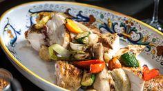 Locanda Verde is a TriBeCa neighborhood taverna serving Chef Andrew Carmellini's soul-satisfying urban Italian menu.