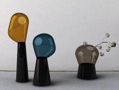 Glass vase by Ionna Vautrin, Fabbrica del vapore, vases pour Industreal, 2008, verre soufflé coloré et porcelaine, collaboration Guillaume Delvigne