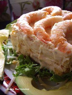 Con este pastel no solo te meterás a los comensale - Ensalada Marisco Ideas I Love Food, Good Food, Yummy Food, Snacking, Sea Cakes, Sandwich Cake, Savoury Cake, Fish And Seafood, Easy Cooking