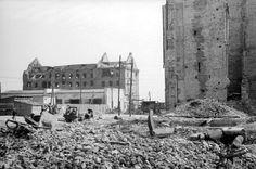 Знаменитая Сталинградская мельница после боев