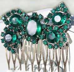 Stuck for a wedding colour? How about the 'official' colour of 2013: Emerald Green? ~Wedding High
